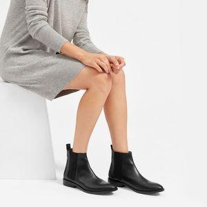 Everlane Black Leather Modern Chelsea Boot 7.5